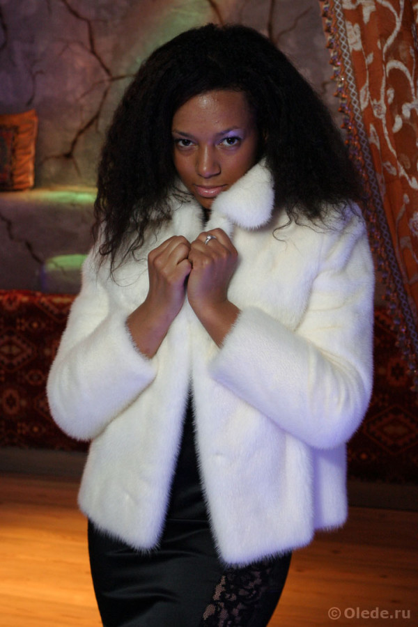 Полушубок куртка из белой норки (2)