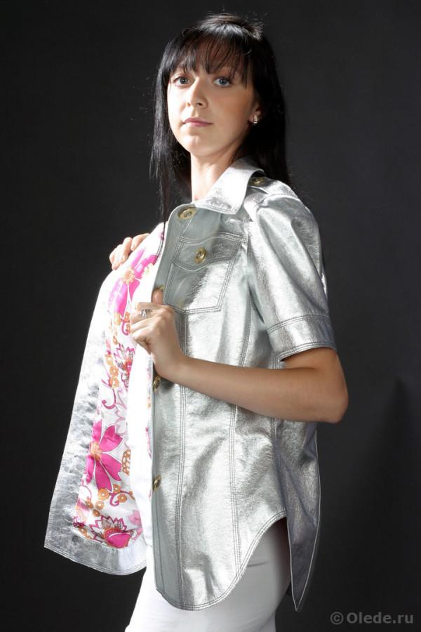 Кожаная куртка-блузка с коротким рукавом