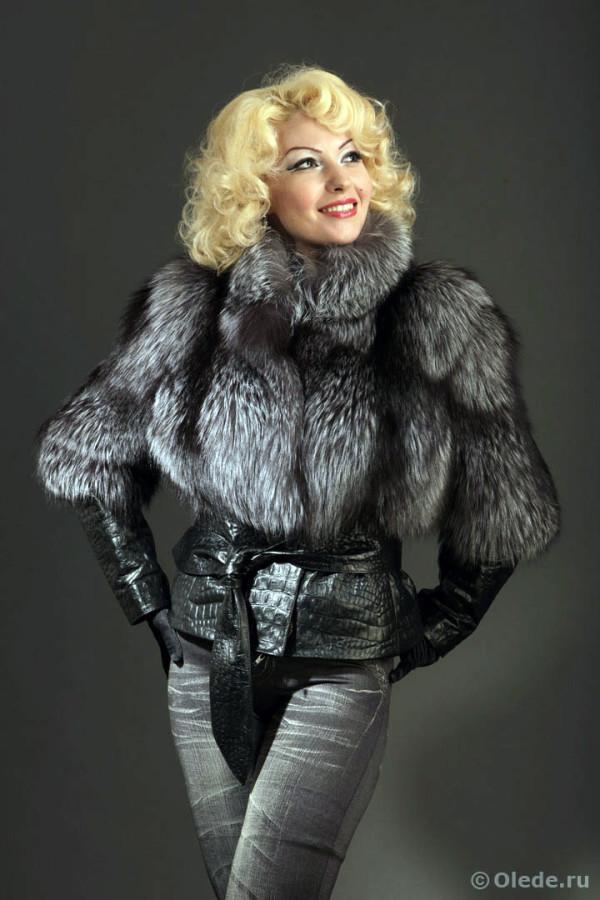 Куртка-шуба трансформер из лисы чернобурки с кожаным корсетом рукавами поясомворотником стойкой отстегивающимся низом-юбкой (2)