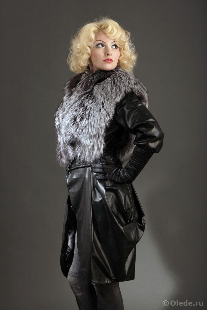 Куртка с мехом и с юбкой