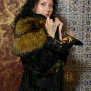 Куртка из каракульчи с лисой