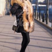 Пуховик с натуральным мехом лисы на гусином пуху